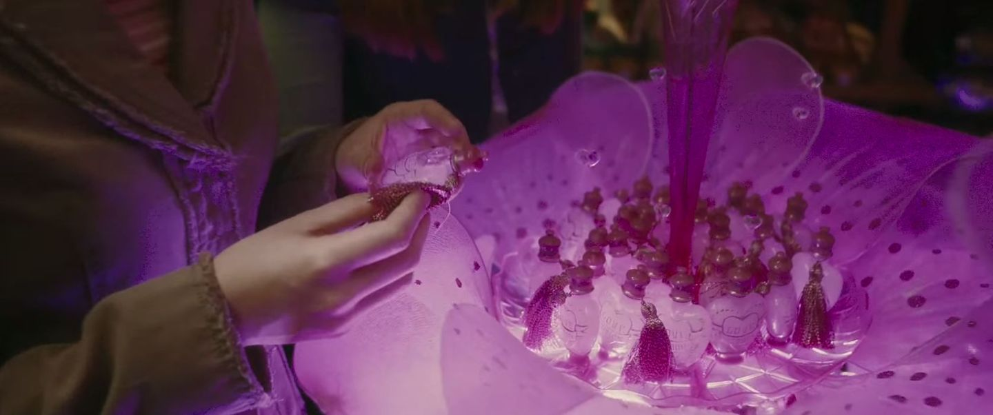 Someone has made the love potion from Harry Potter and we ...  |Love Potion Harry Potter